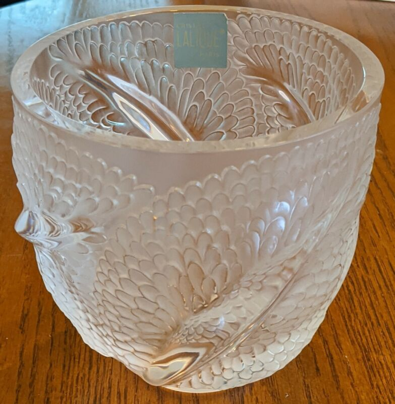 "Lalique beautiful crystal vase Andromeda 6"" Excellent!"