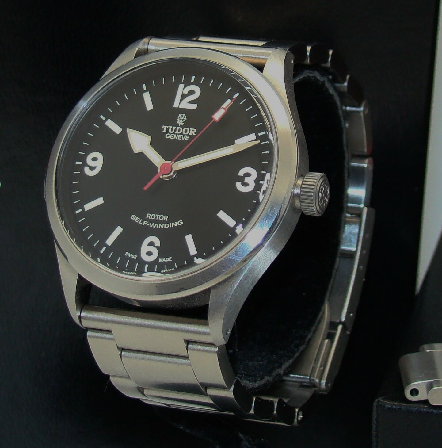TUDOR STAINLESS STEEL HERITAGE MENS RANGER AUTOMATIC WATCH NMINT BOX/PP 79910 - watch picture 1