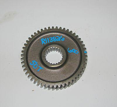 R113826 John Deere 5410 5310 5200 5500 5403 5320 Drive Shaft Gear