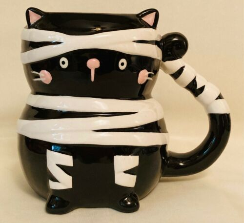 HALLOWEEN HOLIDAY HOME BLACK MUMMY CAT SPOOKTACULAR 20 OZ COFFEE MUG - GREAT!
