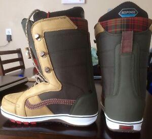 Snowboard boots Vans V66 sz 8