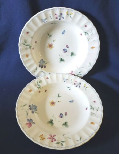 Mikasa Maxima CAJ09 SORRENTO Soup Cereal Bowls (2)  8.75 In.  Flowers