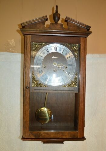 Vintage Linden Eight Day Chime Wall Clock