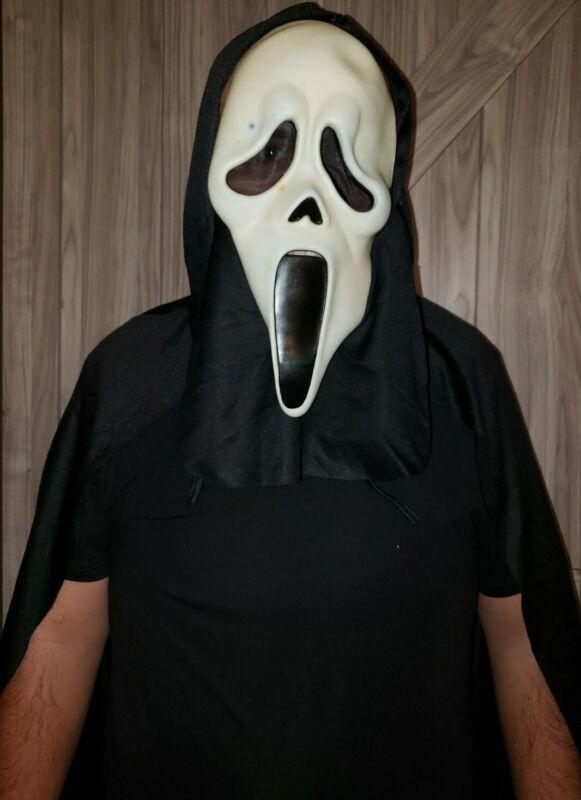 Vintage Funworld Easter Unlimited Scream Ghostface Halloween Mask & Cloak Horror
