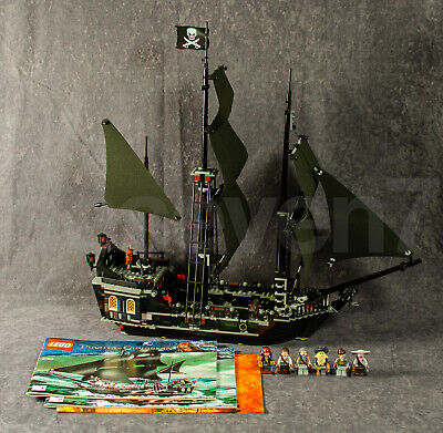 LEGO Pirates of the Caribbean - The Black Pearl 4184 Set Minifigures