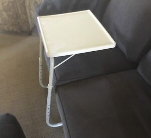Tablemate White Portable Table
