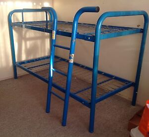 Single metal bunk beds Strathpine Pine Rivers Area Preview