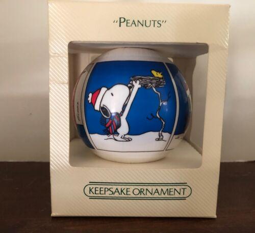 Vintage Hallmark 1983 Keepsake Peanuts Unbreakable Christmas Tree Ornament W/Box