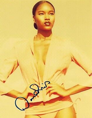 Damaris Lewis Signed Autographed 8x10 Photo Hot Sexy SI Swimsuit Model COA VD