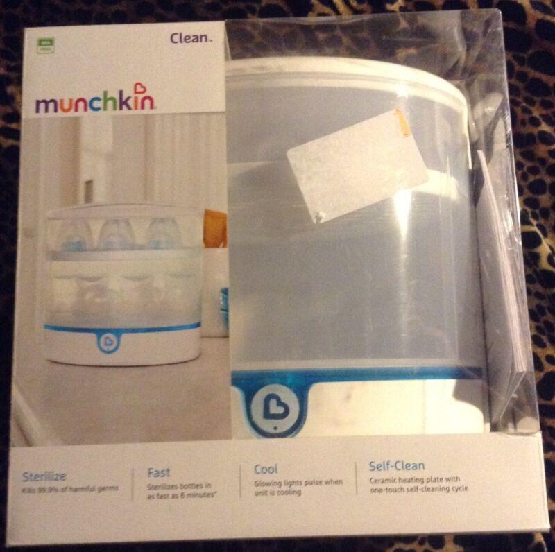 MUNCHKIN CLEAN ELECTRIC BOTTLE STERILIZER- WHITE- NEW