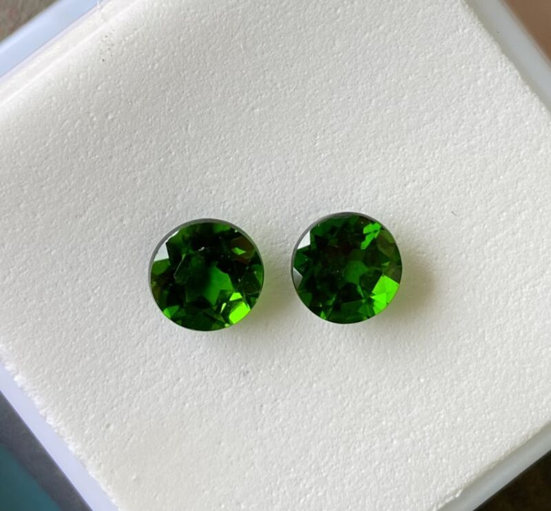 matched pair chrome Diopside 1.50tcw 6mm round