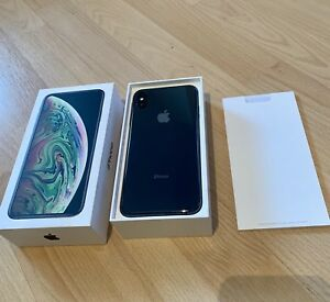 IPHONE XS MAX /  64GB /  SPACE GRAY  *COMME NEUF*