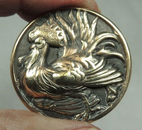BRASS PICTURE BUTTON ~ PUFF CHESTED ROOSTER
