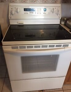 KitchenerAid Convection Oven with Ceran top