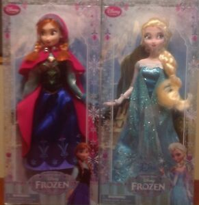 """Disney's Anna and Elsa from """"Frozen"""""""
