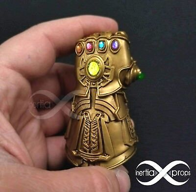 Tiny Light-Up Infinity Gauntlet 1:6 scale Avengers Infinity War Thanos (cosplay)