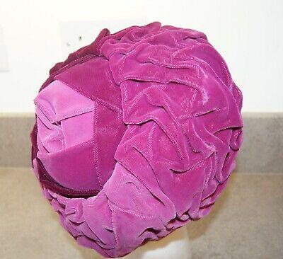 """VINTAGE 1970's? Ruched Velvet Hat Pink/Burgundy Inner Band 23"""""""