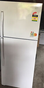 LG Fridge&freezer excellent condition (free delivery) Boronia Knox Area Preview