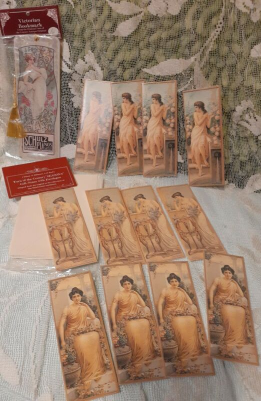 VINTAGE CHRISTMAS GIFT TAG NOTE CARDs set of 12 and book mark 1988