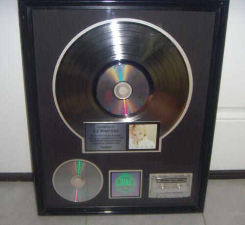 FAITH HILL - FAITH -  RIAA THE SALE MORE 1.000.000 COPIES Award