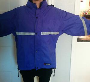 Manteau imperméable pour vélo de marque Misty Mountain