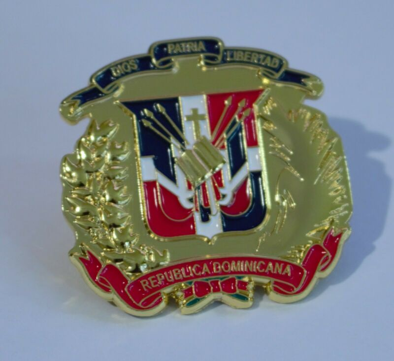 Dominican republic coat of arms pin