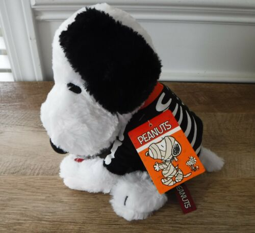 NWT Halloween Peanuts Snoopy Skeleton Musical Plush Dancing To Linus & Lucy Song