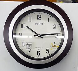 SEIKO EASTON MUSICAL  WALL CLOCK WITH 18 DIFFERENT HI-FI MELODIES  QXM547BLH