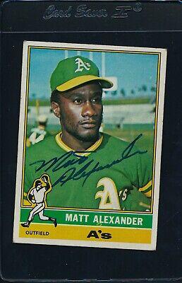 1976 Topps #382 Matt Alexander A's Signed Auto *5411