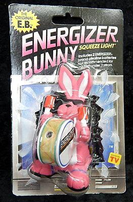NEW old stock Eveready Energizer Bunny Flashlight 1991