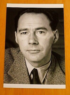 PENGUIN MODERN CLASSIC WRITERS ~ JOHN WYNDHAM ~ PRINTED POSTCARD ~ NEW