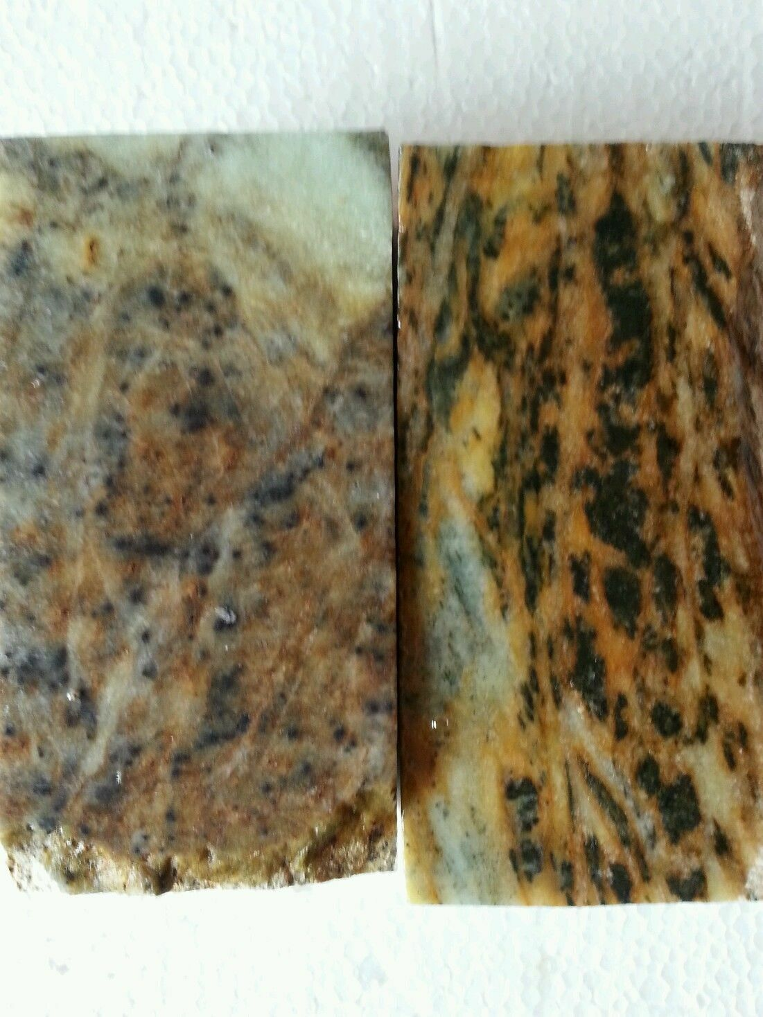 2 Soapstone for carving, block, slabs, rock, pipe making, tobacco pipe, pendants