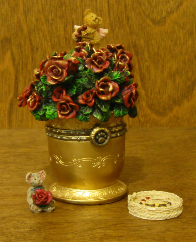 Boyds Treasure Box  #82060 Cupid