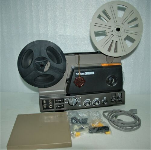 Vintage Sankyo Super 8 Single 8 Magnetic Sound 600 Projector Made in Japan