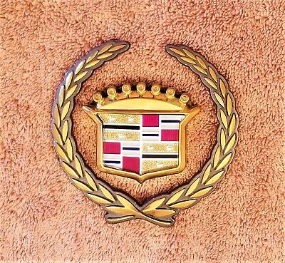 CADILLAC CATERA GOLD GRILLE WREATH & CREST