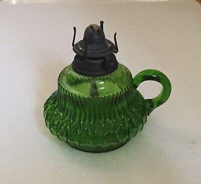 OIL LAMP GREEN MOULDED GLASS FONT, SINGLE BURNER, HAND HELD FINGER HANDLE