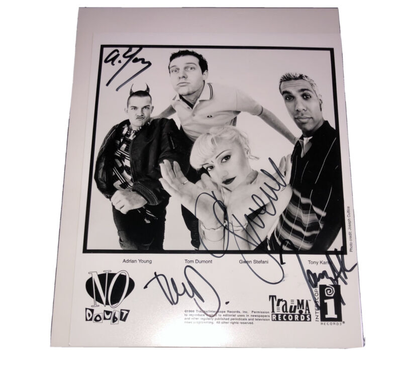 No Doubt - Rare - Full Band Signed 8x10 Photo - 1995 - Autographed Gwen Stefani