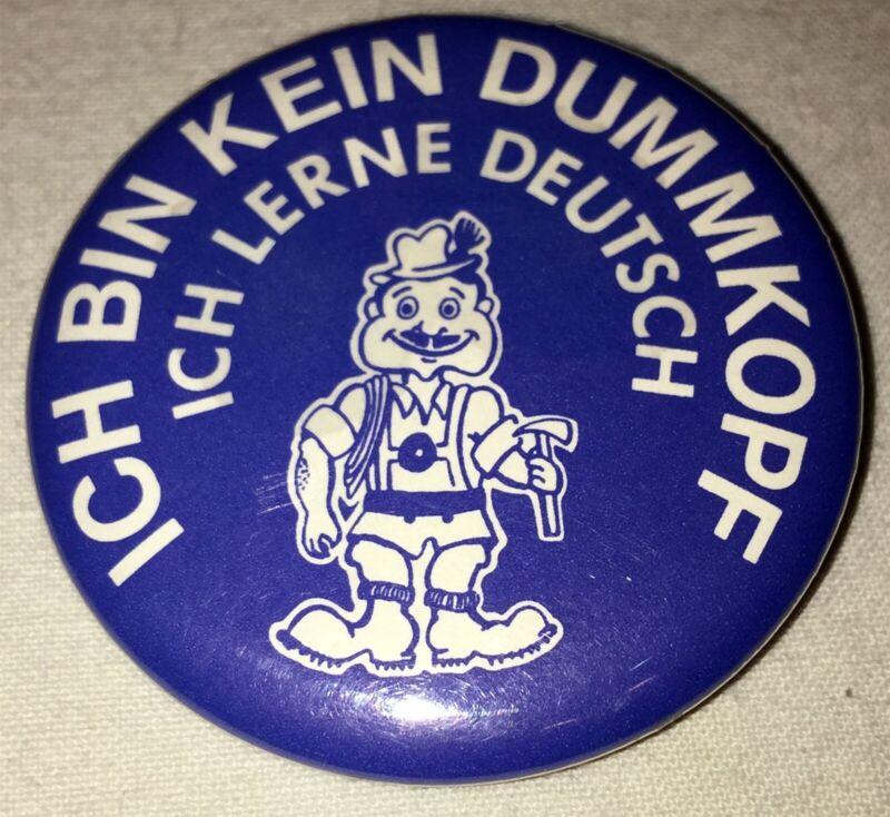 😎 German Language Pin Badge ICH BIN KEIN DUMMKOPF (dummy) 🤦 ICH LERNE DEUTCH ⚠