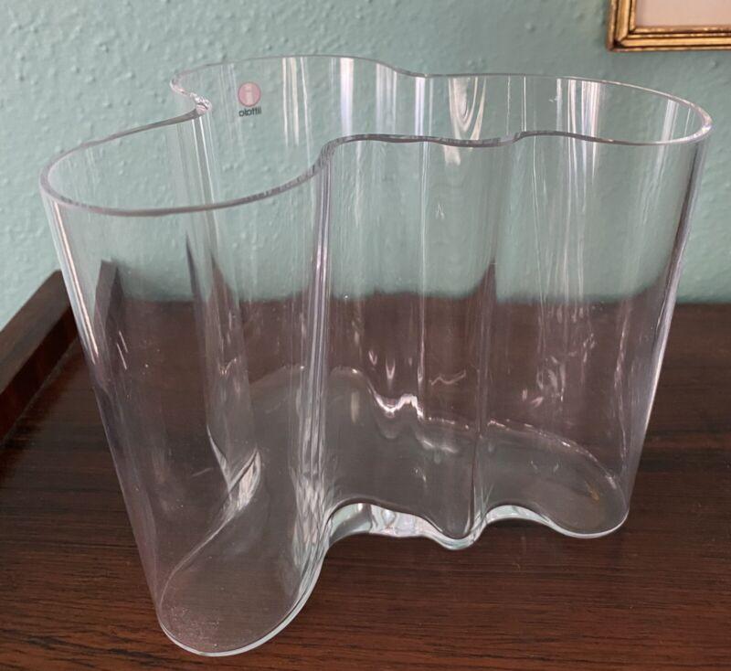 """Alvar Aalto Iittala 4.75"""" Clear Glass Savoy Vase"""