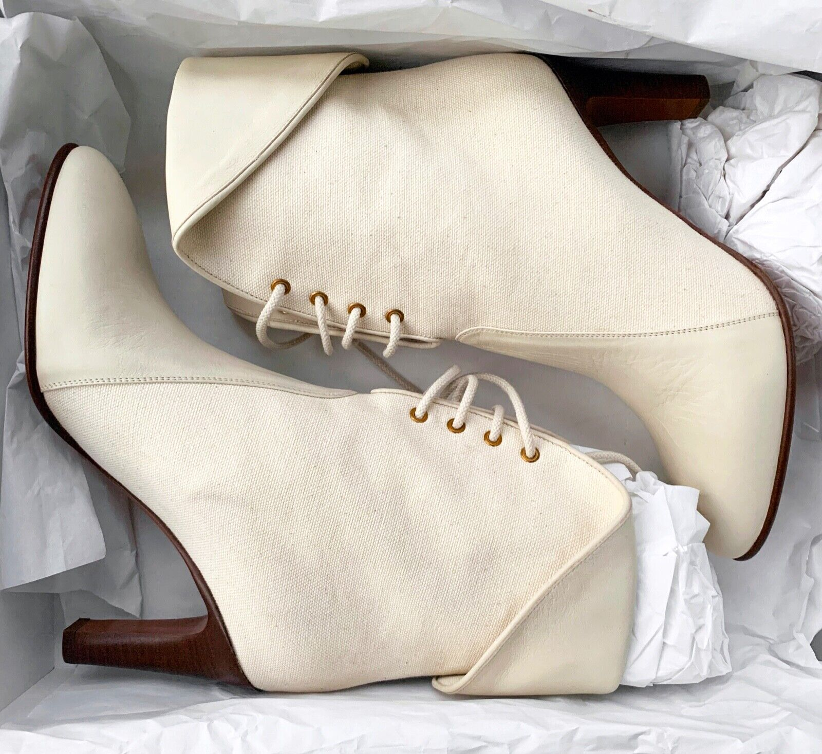 895 Chloe Kole Leather Canvas Fold Over Lace Up Ankle Boots Ecru Ivory 375