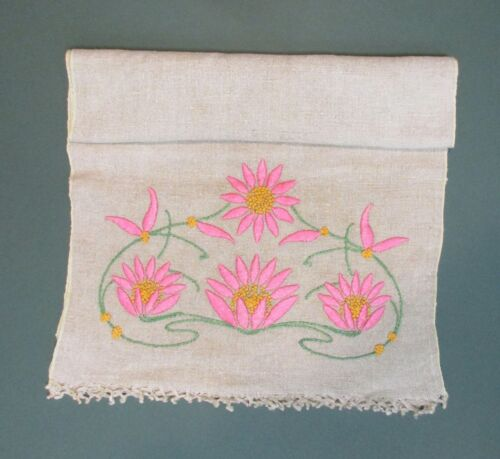 ARTS AND CRAFT LINEN RUNNER WITH EMBROIDERED WATERLILIES