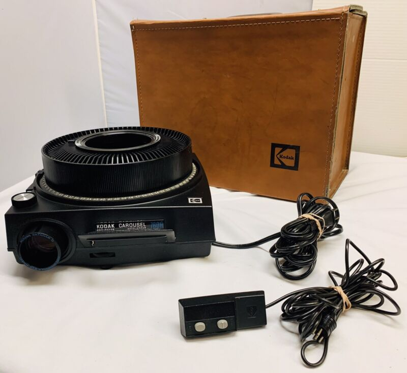 One Owner Kodak 760 H Carousel Slide Projector & Case & Remote & Tray Excellent