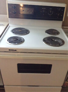 Westinghouse Range & Kenmore Fridge In Great Working Condition