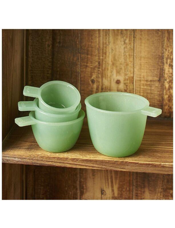 Set of 4 Jade Green Glass Measuring Cups - Vintage - Jadeite