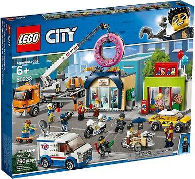 Lego City Inaugurazione Della Ciambelleria 60233