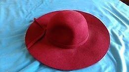 Vintage women's hat - 100% wool