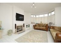 EXCELLENT LARGE SPACIOUS 3/4 BEDROOM HOUSE WITH GARDEN NEAR ZONE 2 NIGHT TUBE & SHOPS