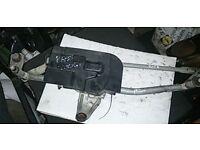VW Passat 2.0 B6 Wiper Motor & Linkage (2006)