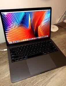MacBook Pro - no Touch Bar