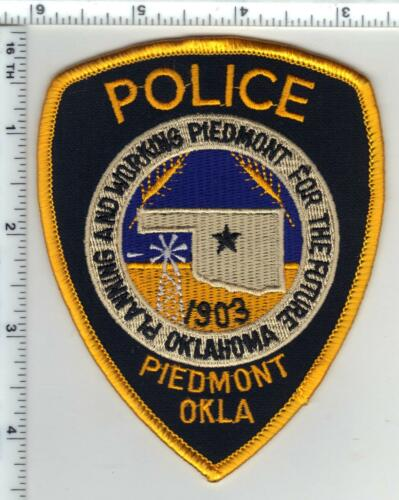 Piedmont Police (Oklahoma) Shoulder Patch from the 1980